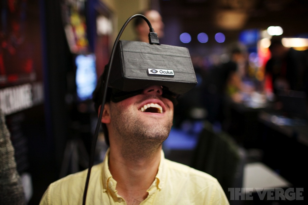 Oculus Rift - early development kit hardware